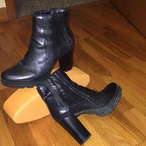 MJUS Italian amazing ankle boots
